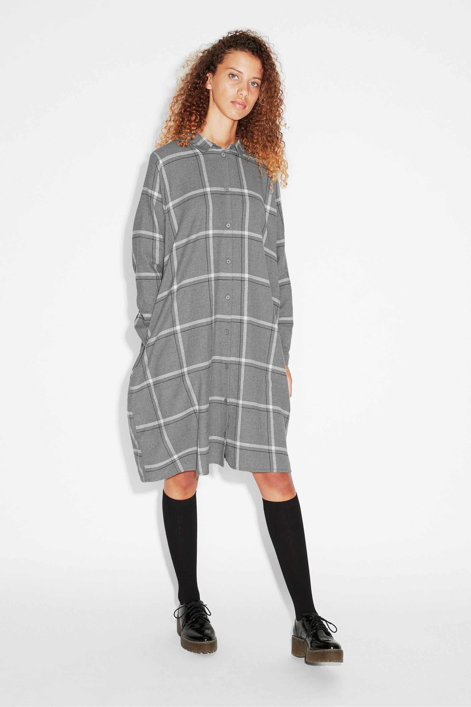 Flannel outfits for women  Flannel dress  WEAR IT  Pinterest  Flannels Monki and Gray