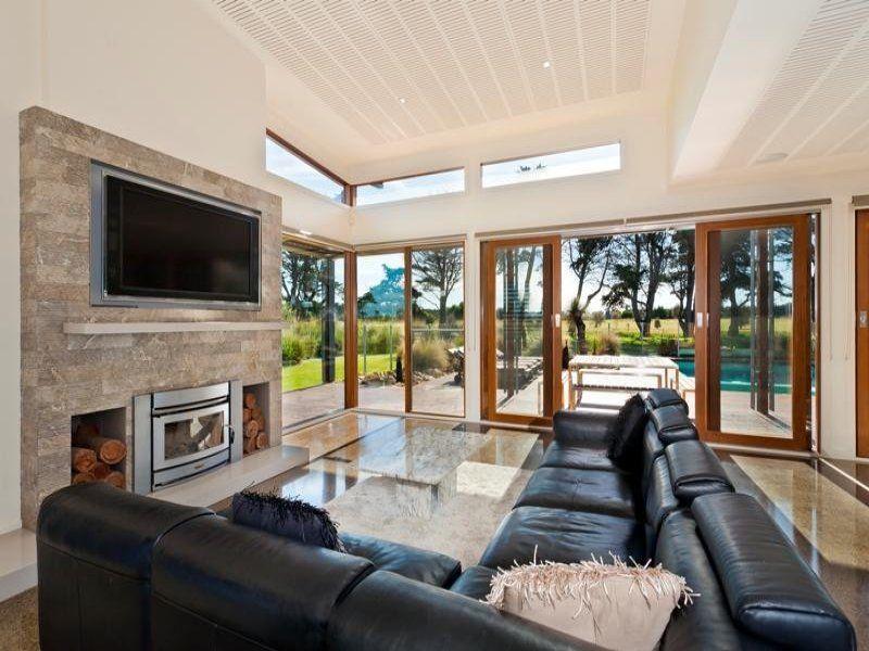 Beautiful Living Room Ideas & Photo Gallery | Bi fold doors ...