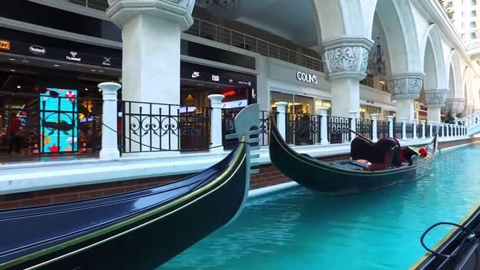 مجمع اوت لت فيا بورت اسطنبول مكان لسعادة كل العائلة Boat