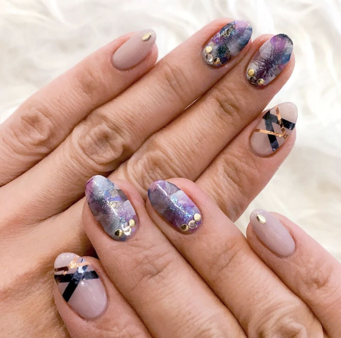 💅💕 We\'re loving this gorgeous nail design by @rieko0102 | Nail art ...