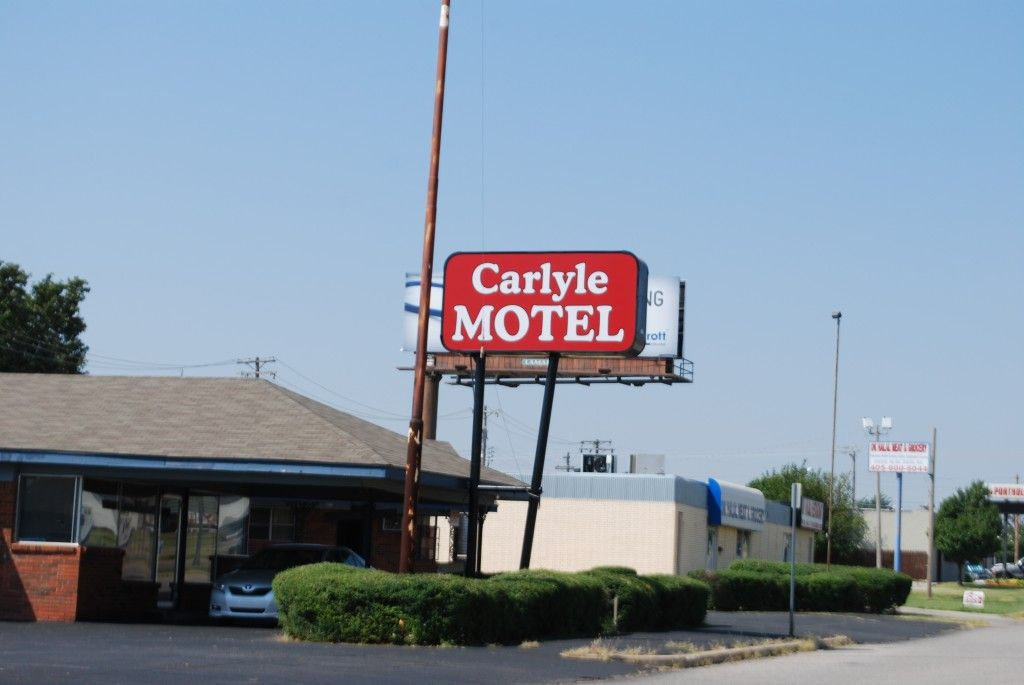 This is the lovely sign that replaced the wonderful vintage motel sign at the Carlyle in Oklahoma City. The motel sign was on Route 66.
