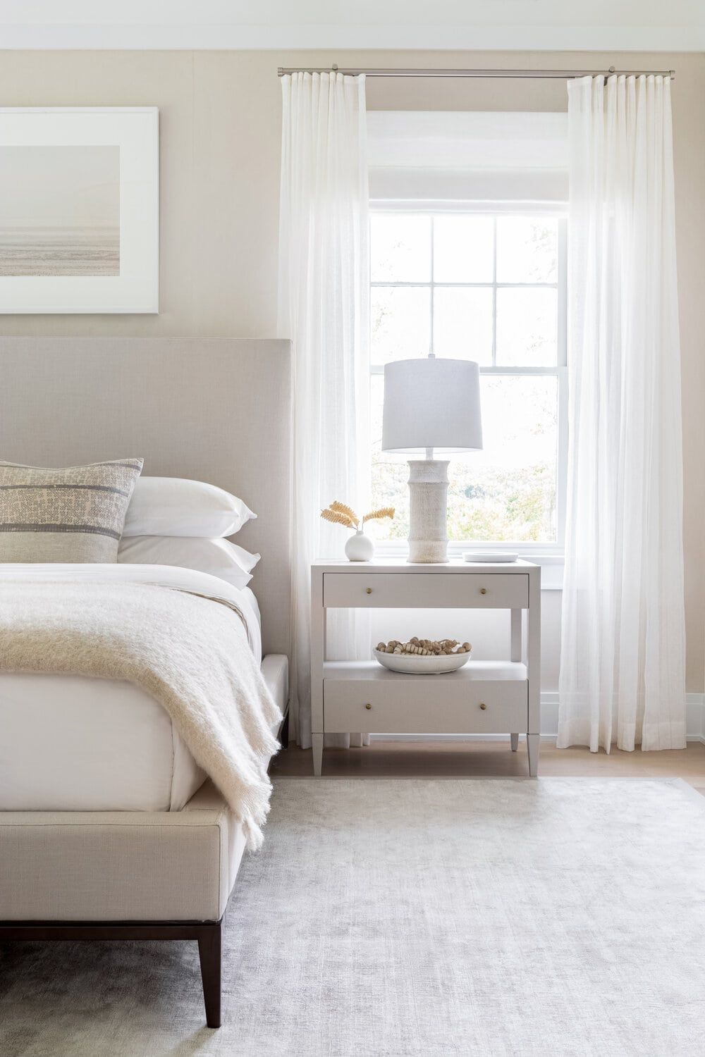 Neutral Bedroom Decorating Ideas Creating Calm With Character Bedroom Interior Master Bedrooms Decor Transitional Master Bedroom Beige bedroom decorating ideas