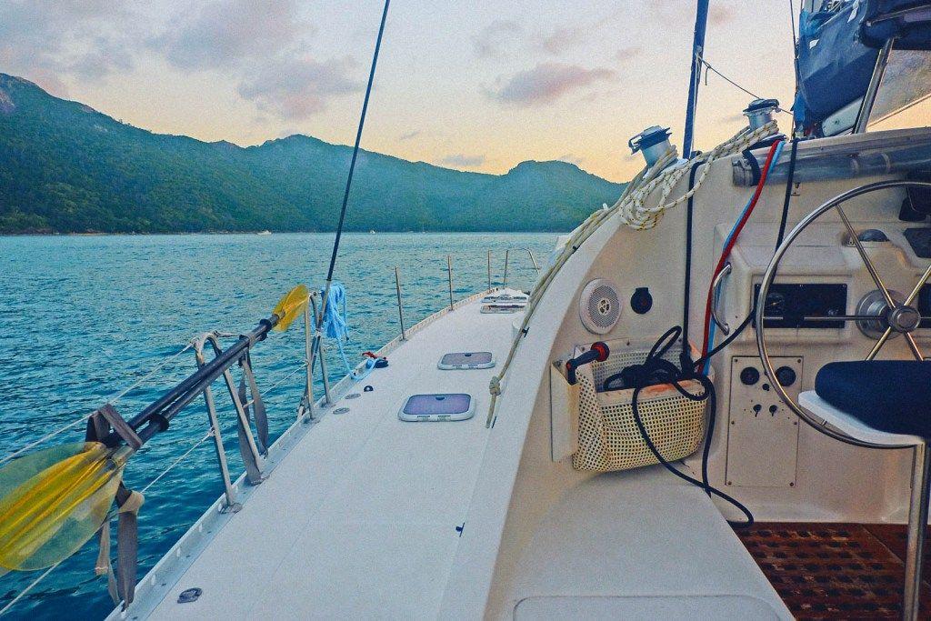 catamaran tour whitsundays | Take me to Australia