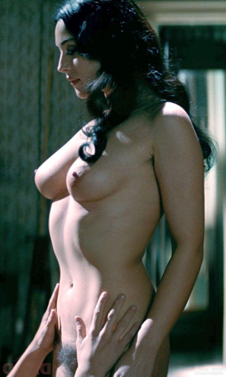 Bent ass nude group