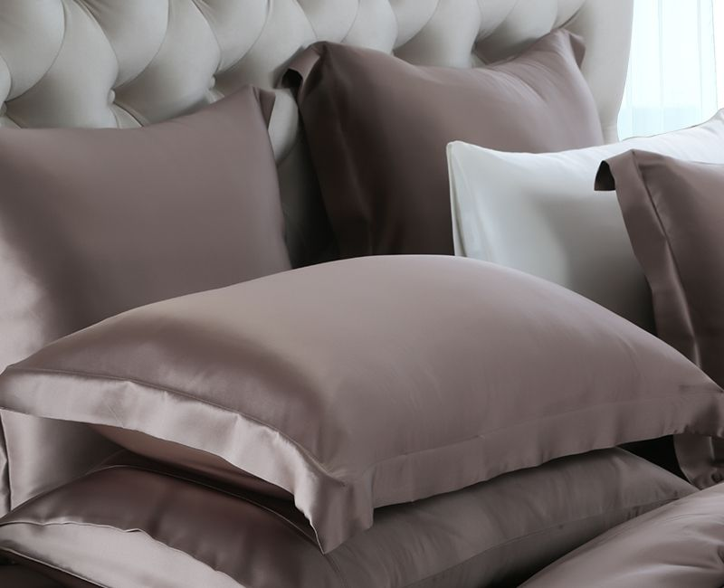Best Silk Pillowcase For Hair Mulberry Silk Pillowcases What Is The Best Silk Pillowcase  Silk