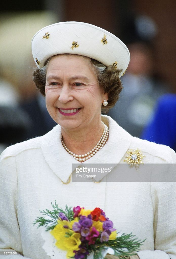 Queen Elizabeth II attends the Maundy Service in Lichfield, The Queen's hat has bees on it1988 #queenshats