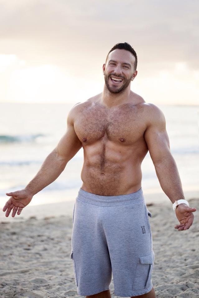 Сексуальные груди мужчин