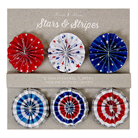 Decorate your patriotic celebration with these stars and stripes pinwheel cake toppers in 6 styles. The toppers are embellished with silver glitter. These patri