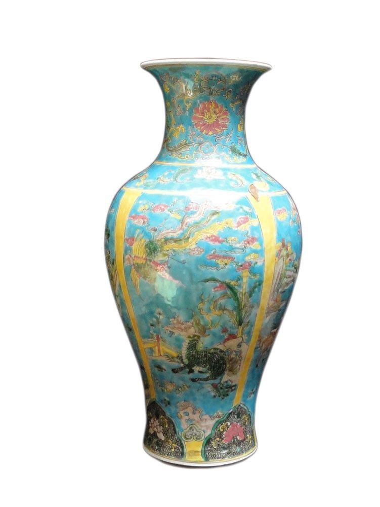 Chinese Porcelain Blue Base Animals Decor Vase vs169S