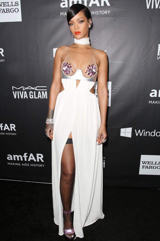 Rihanna's Red Carpet Evolution | Rihanna style, Fashion ...