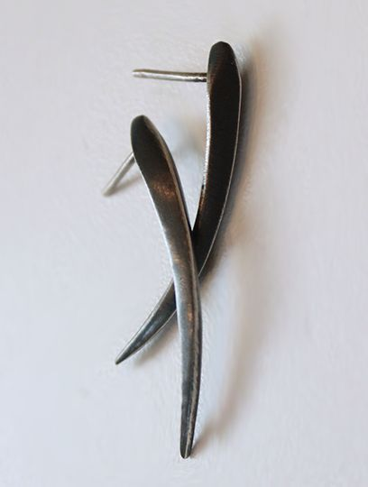 Carved Claw Stud