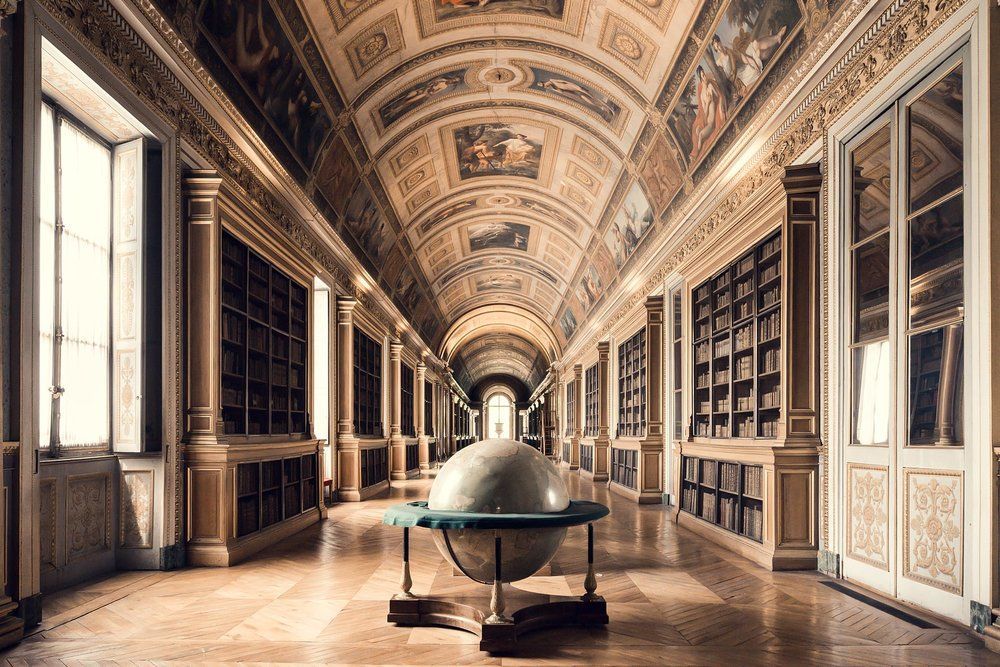 25 Libraries Classic And Modern In Awe Inspiring Symmetrical Photos Europe Nightscape Photography Architecture