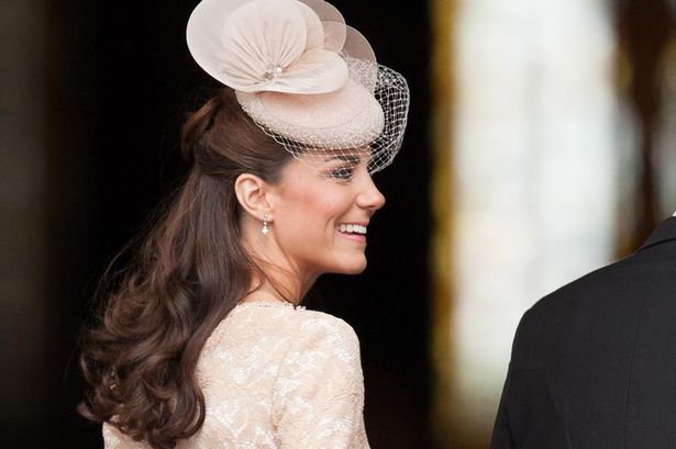 Kate Middleton's McQueen dress: Duchess wears nude lace to Jubilee service of thanksgiving - 3am & Mirror Online