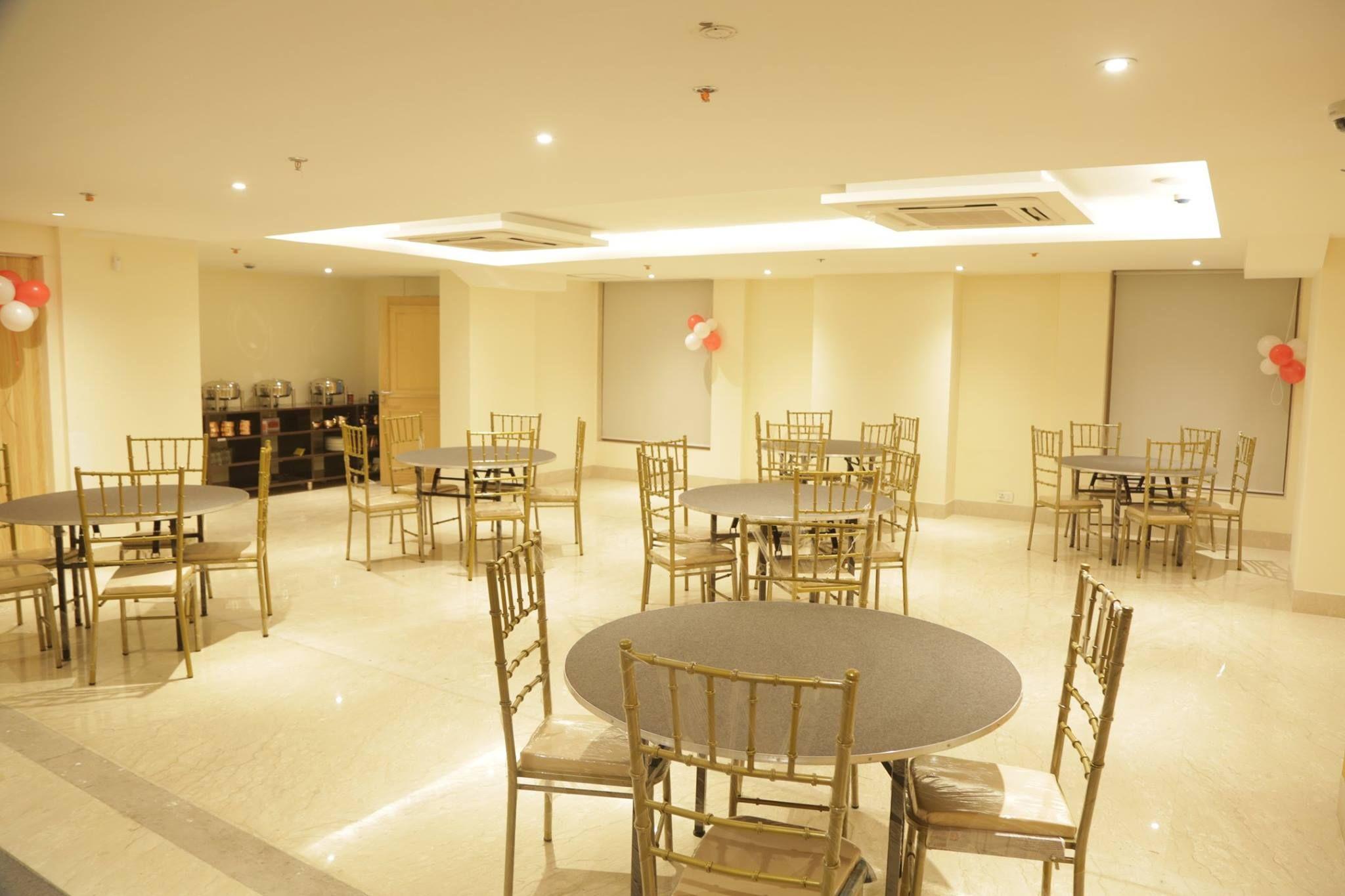 Hotel in South Delhi, New Delhi Hotels, Best Hotels in