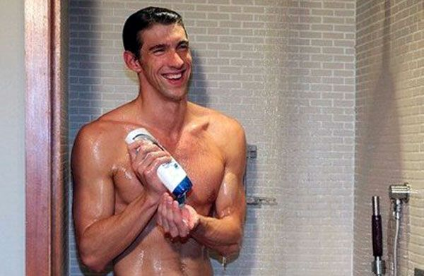 Micheal phelps naked shower