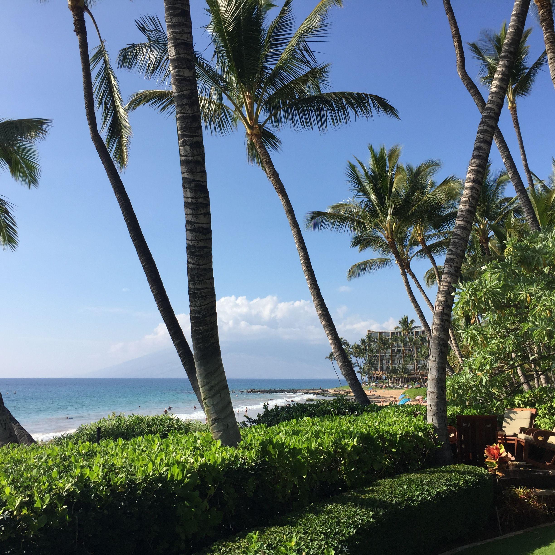 Visit Wailea Beaches In Wailea And Makena Maui Wailea Ekolu Condos Overlooking Wailea Resort Waileabea Wailea Beach Wailea Resort Maui Real Estate