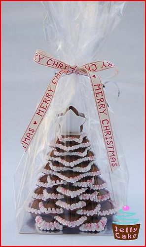 star cookies tree bagged for a gift