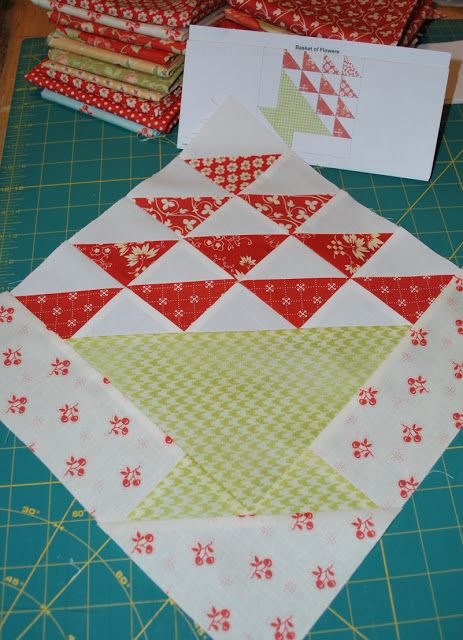 APPLE PIE IN THE SKY QUILT ALONG BLOCK 7 ({Sisters and Quilters ... : apple quilt block - Adamdwight.com