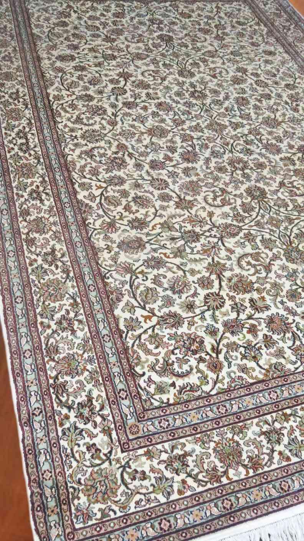 Kashmir Pure Silk Rug Cream Persian Design