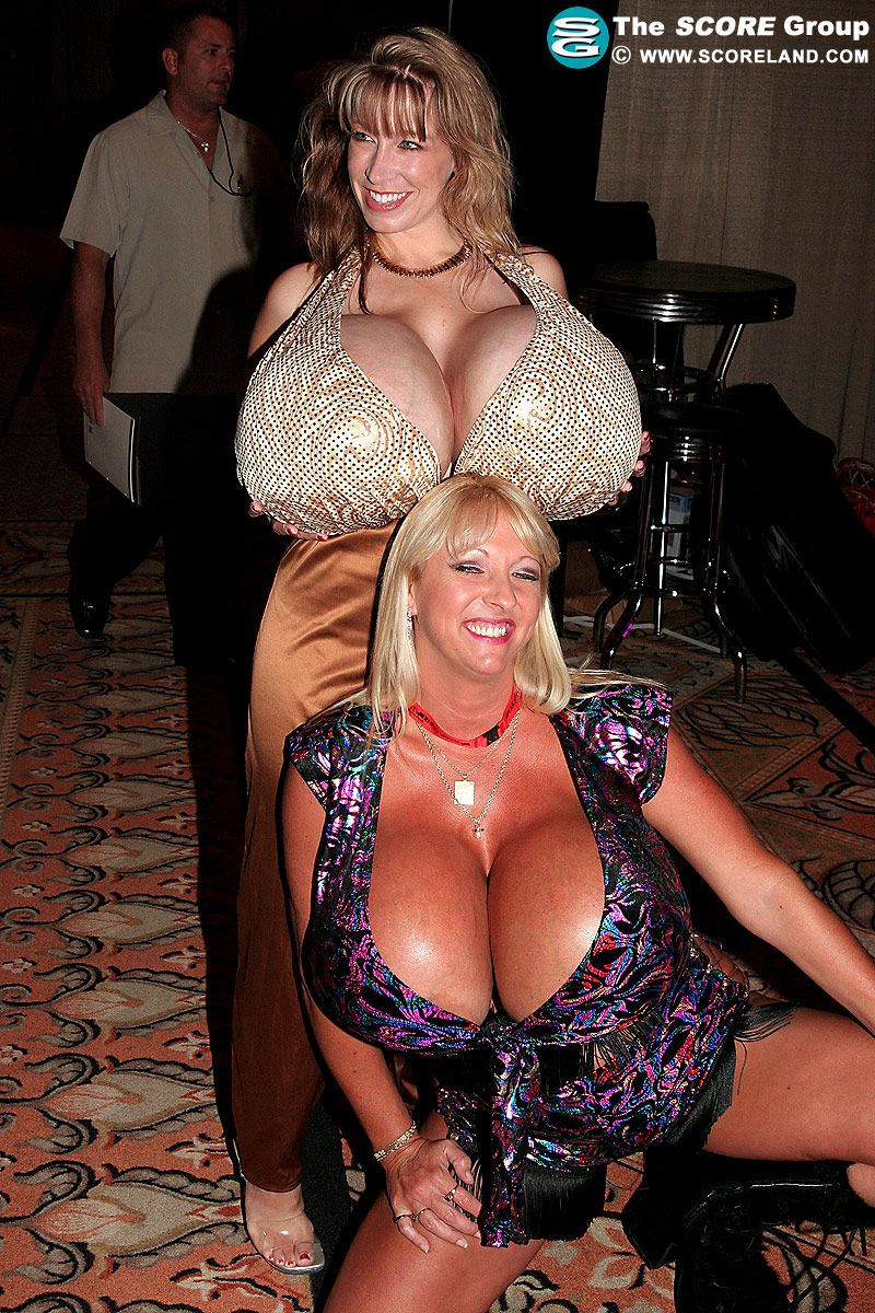 Chelsea charms amazing titties big and tits porn min