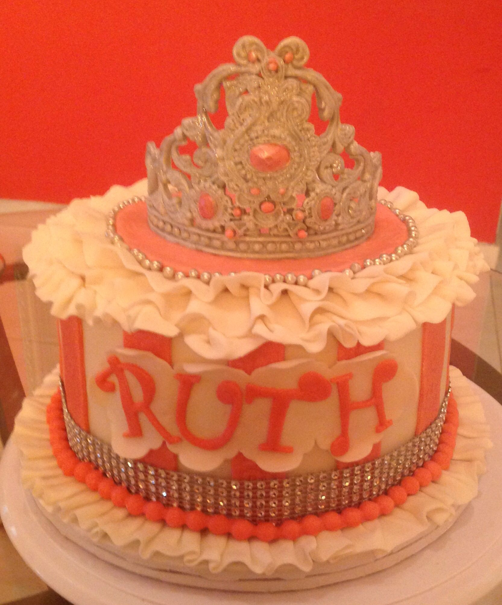 Tiara cake (With images)   Tiara cake, Cake, Desserts