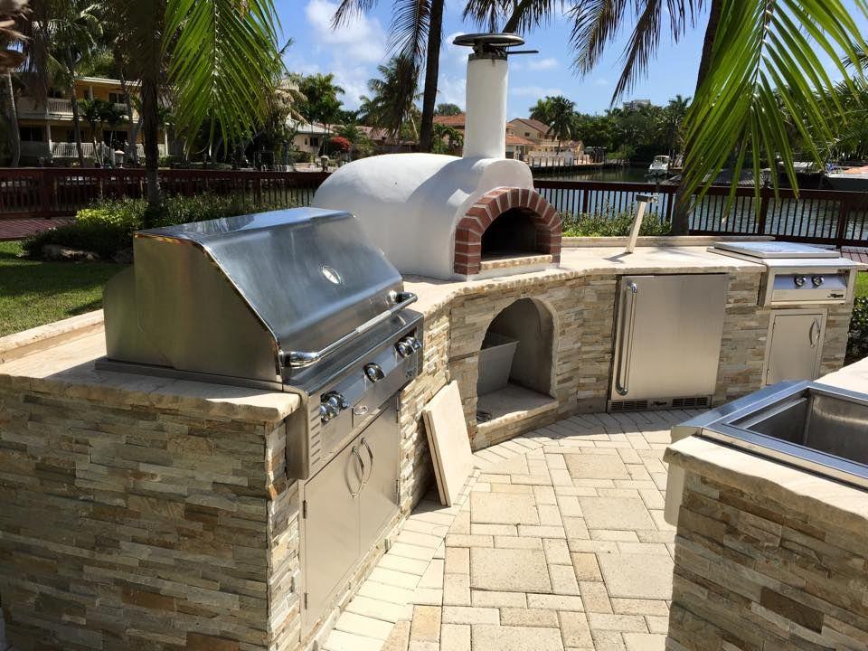 The Bbq Depot 42 Alfresco Grill Alfresco Versa Burner Alfresco Versa Sink Alfresco Refrigerator Beer Tap Exterior Design Outdoor Kitchen Kitchen World