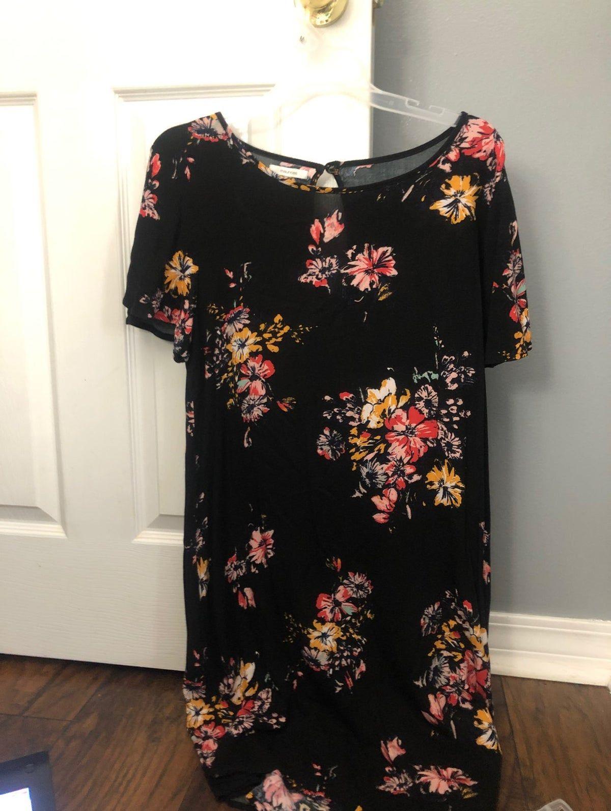 Pin By Ewa S On Dresses Dresses Floral Dress Black Short Sleeve Dresses [ 1593 x 1200 Pixel ]
