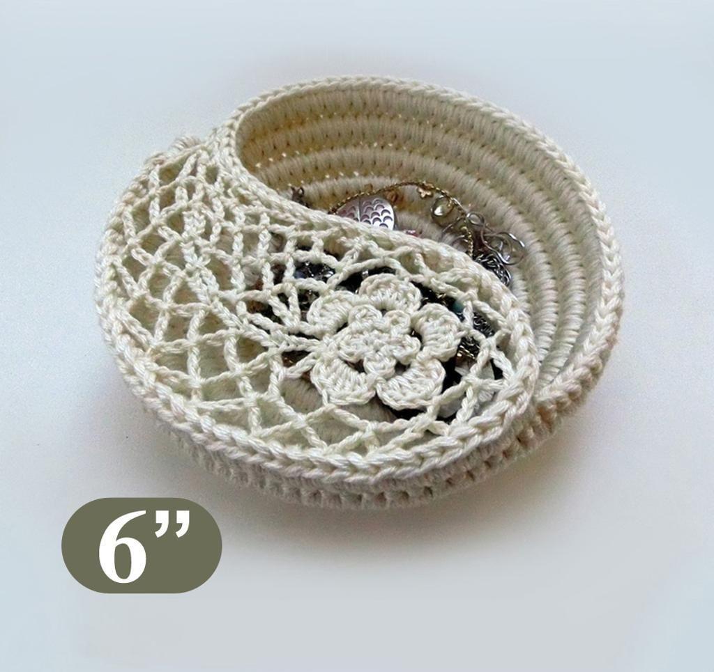 Crochet Bowl, Yin Yang, Paisley jewelry dish 6\