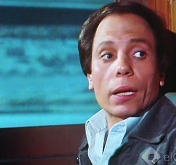 عادل إمام الإنسان يعيش مرة واحدة 1986 Old Movies Movie Characters Cool Photos