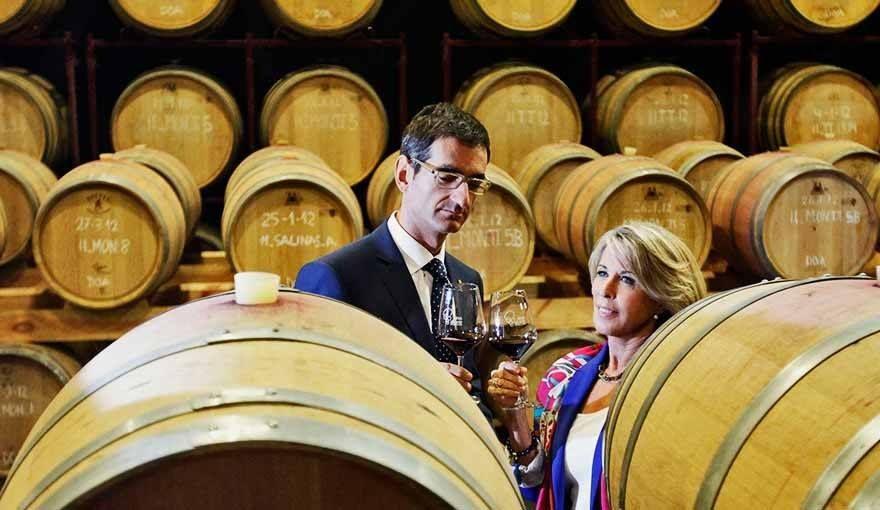 Hoy hemos firmado un convenio con la Ruta del Vino de Alicante para seguir promocionando nuestra provincia como destino enoturístico. ¿Brindamos con vinos de Alicante DO?