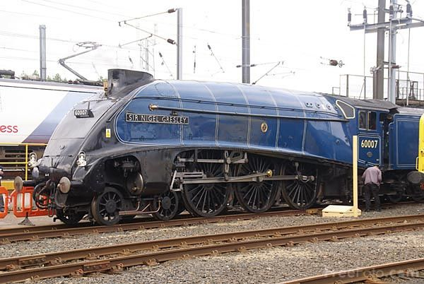 Google Image Result for http://www.freefoto.com/images/809/14/809_14_4875---LNER-Class-A4-4498-Sir-Nigel-Gresley_web.jpg