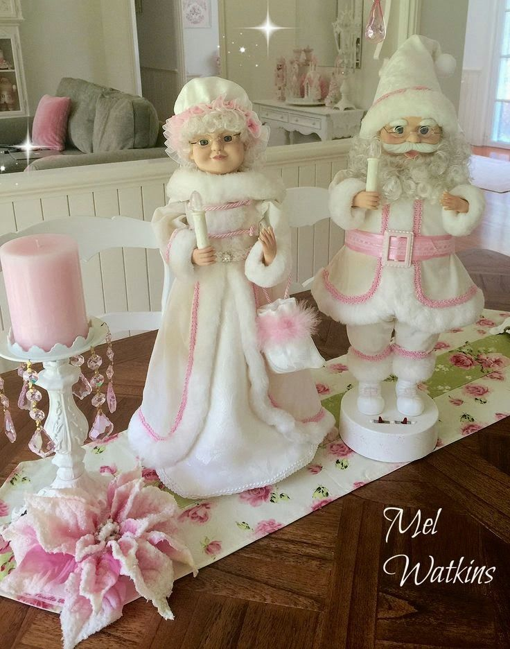 shabby santa and wife at mel 39 s pink christmas palace home. Black Bedroom Furniture Sets. Home Design Ideas