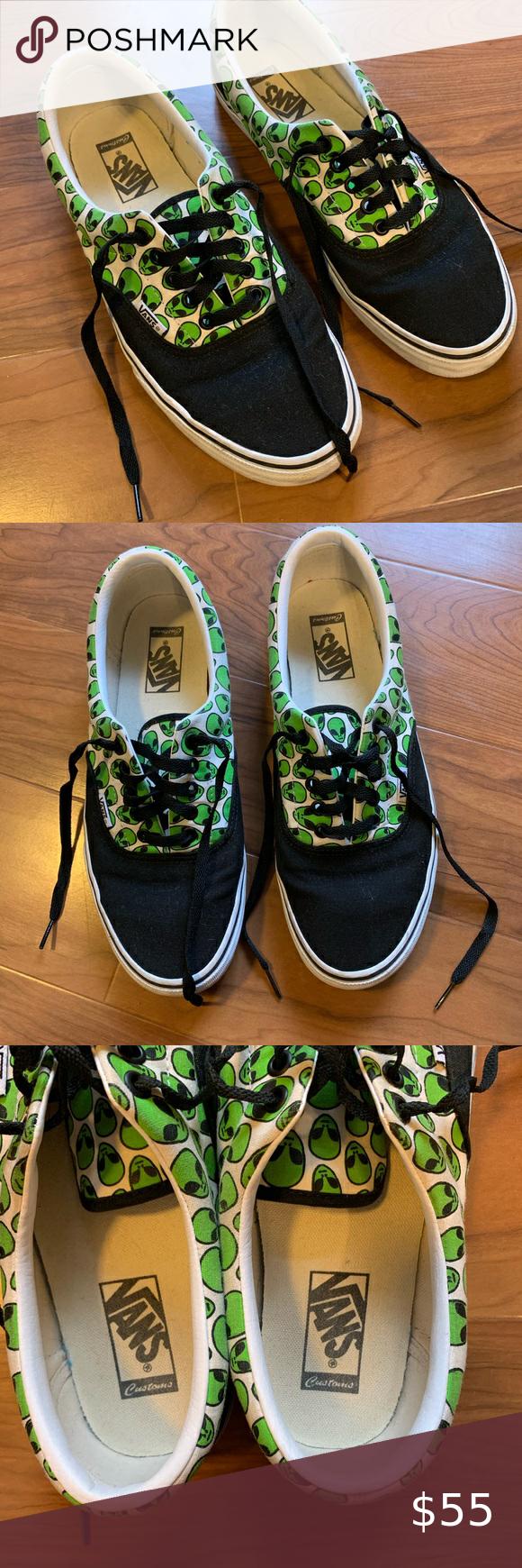 Vans Era Custom Alien Print Shoes Size 10 Men   Shoes smell, Vans ...
