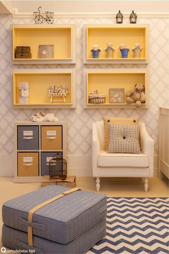 Come decorare una cameretta con mensole particolari Idee