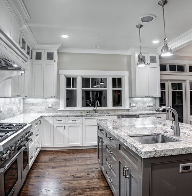 White Kitchen Cabinets And Countertops: Experienced. Knowledgeable. Reliable