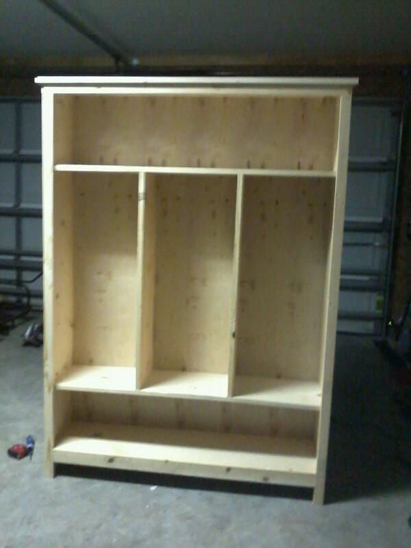 Diy storage locker ana white plans diy build it for Garage mudroom plans