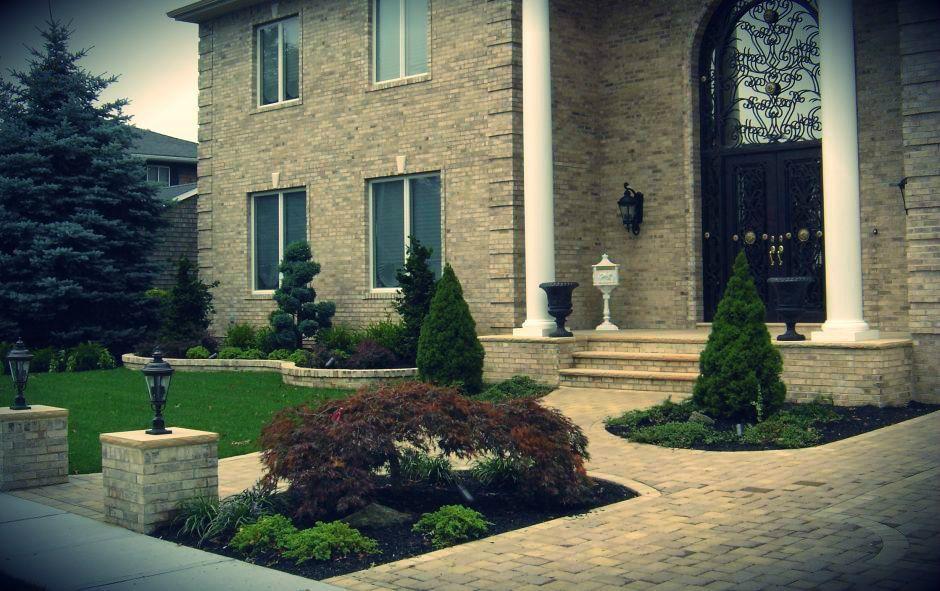 Long Island Front yard House entryways-NY | Landscape ...