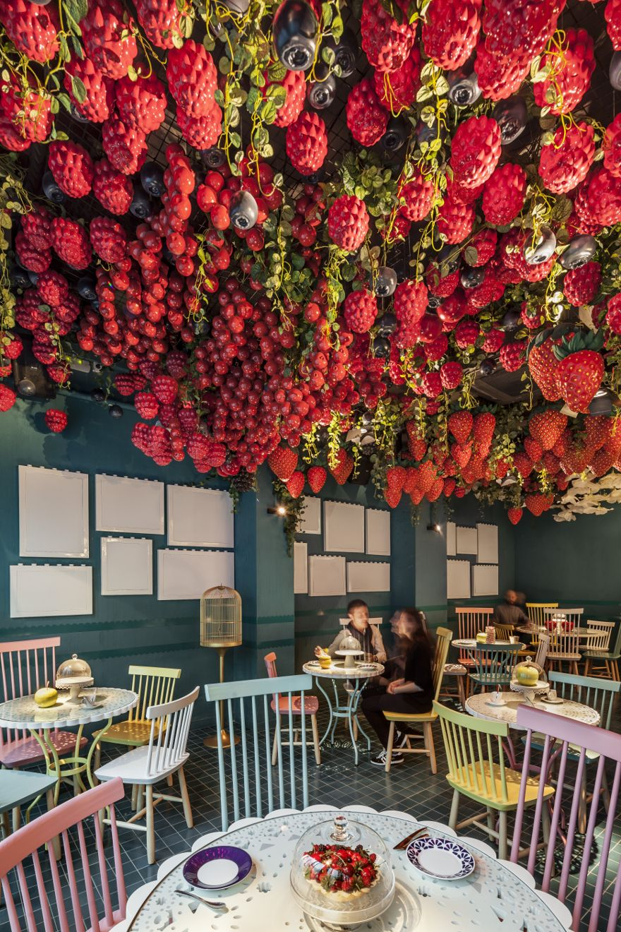 ceiling oversized fruit, la dolça of tickets restaurant