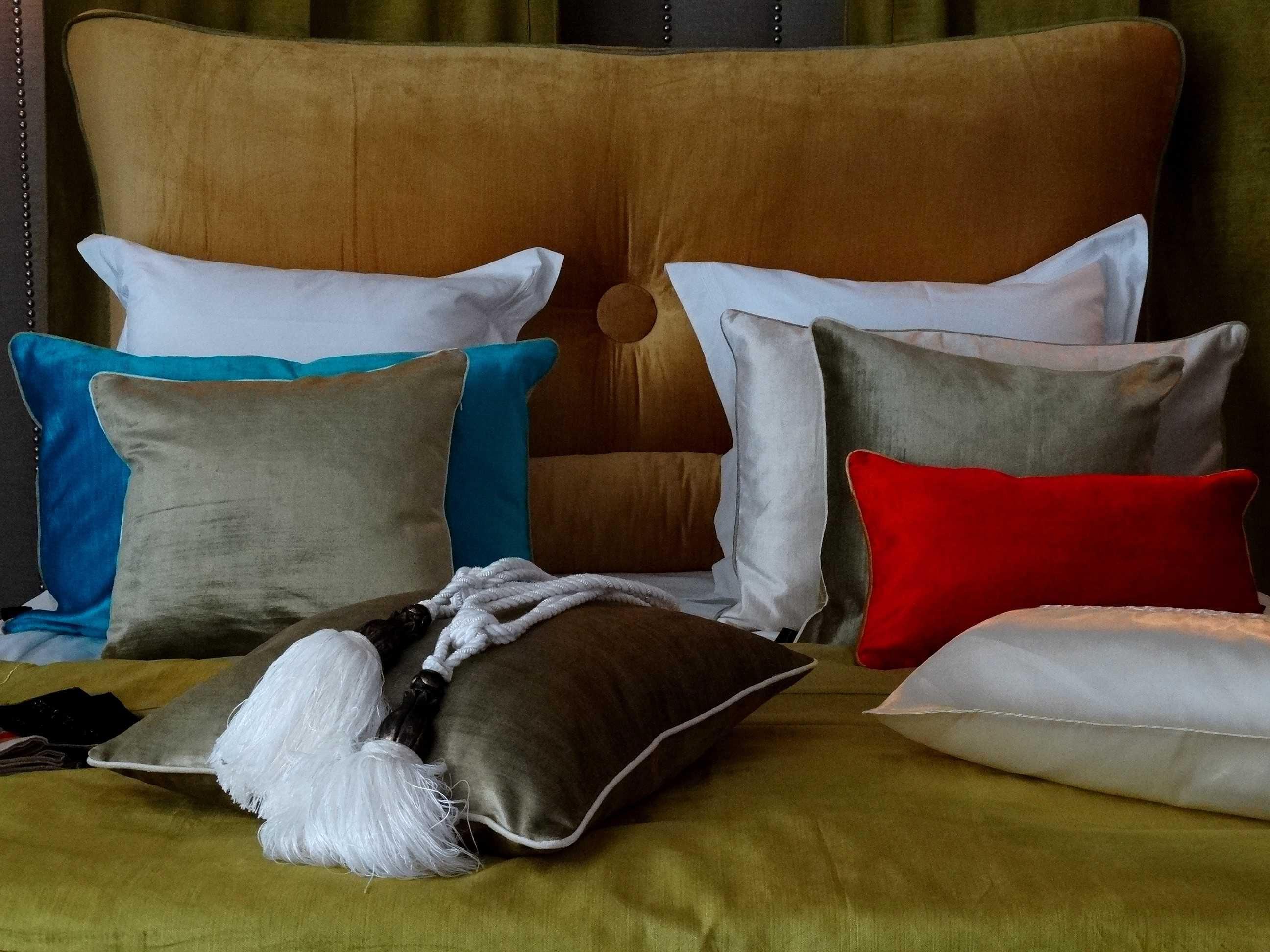 Martha Stewart Sofa Saybridge Review Awesome Sofas Tête De Lit Sur Mesure En Velours Lavé Orange Sandra