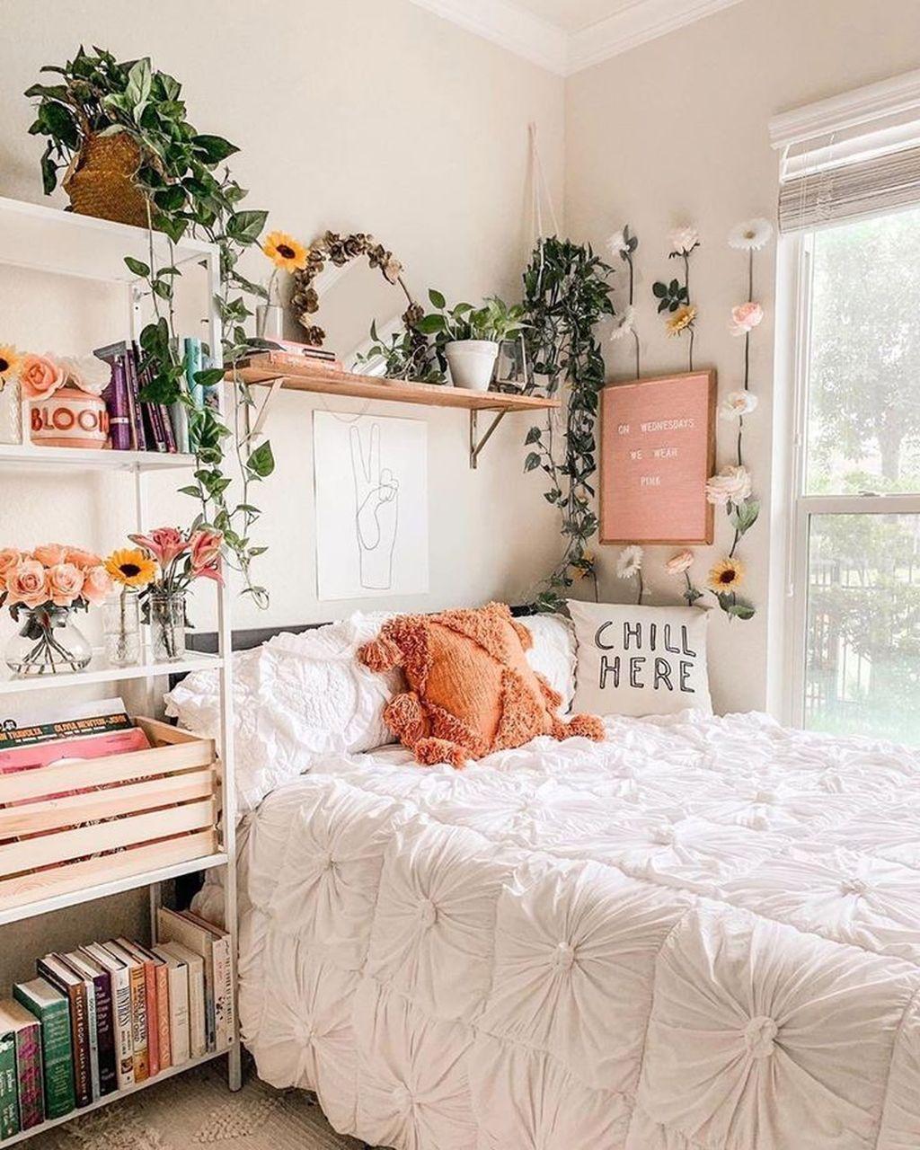 38 Gorgeous Bohemian Bedroom Decor Ideas | Dorm room decor ... on Cheap Bedroom Ideas For Small Rooms  id=91766