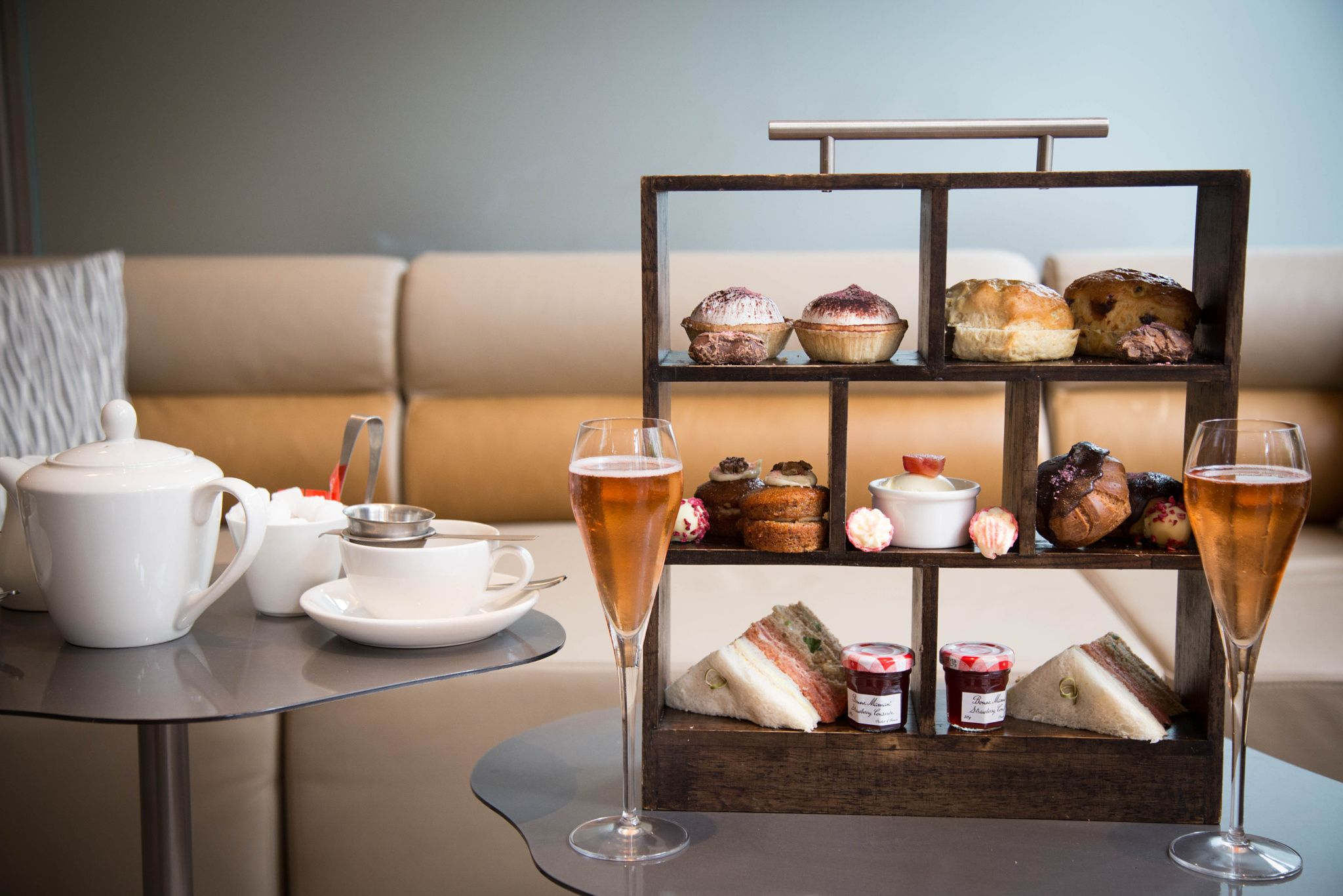 Photograph Afternoon tea by Beata Kontos on 500px