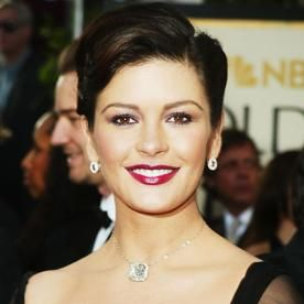 Image Result For Catherine Zeta Jones Short Haircuts Catherine Zeta Jones Cathrine Zeta Jones Celebrities