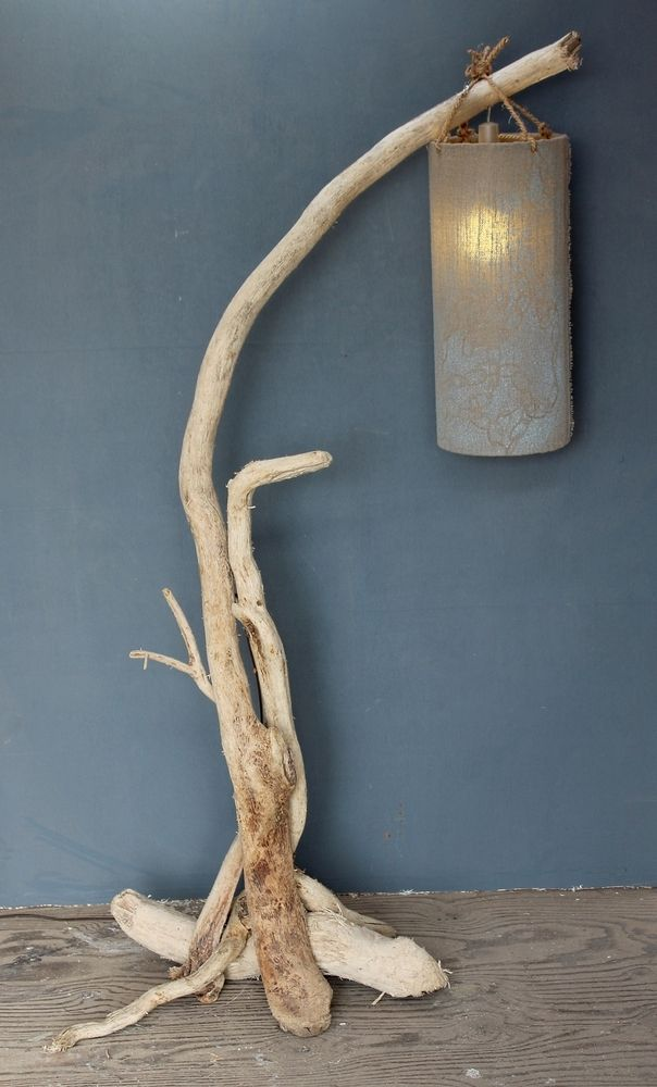 Driftwood Floor Lamp Drift Wood Standard Lamp Drift Wood Floor Lamp Lamp Stand Lampara De Madera A La Deriva Iluminacion De Pared Lamparas De Pie