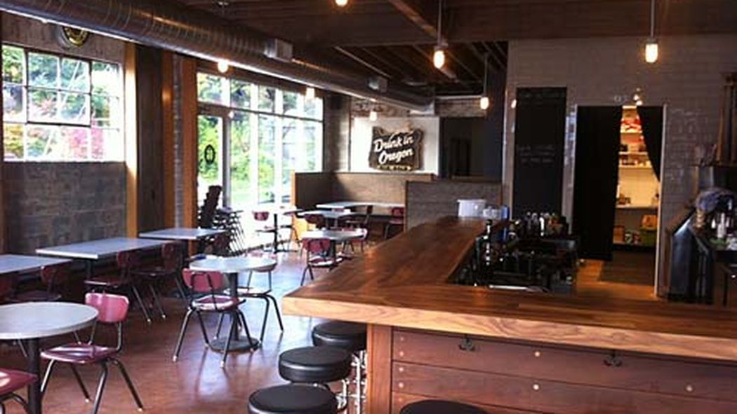 15 Ideal Portland Sports Bars for Catching the Game