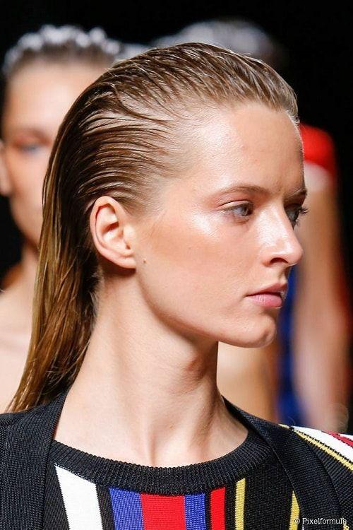Inilah Model Rambut Wanita Panjang Yang Disukai Pria Metropolis - Hairstyle yang disukai wanita