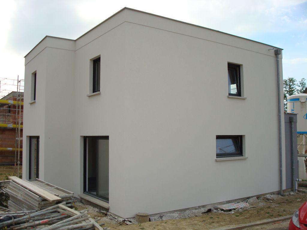 Weber Et Broutin Blanc Ref A 007 Notre Maison Toit Plat 105 M2 Par Hmelanie Sur Forumconstruire Com Couleur Facade Maison Crepi Maison Facade Maison