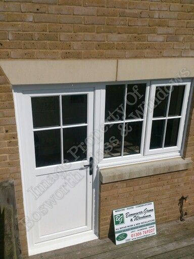 Upvc window and door combination installed in Upwey in Weymouth. Authentic Georgian astragal bars. & Upvc window and door combination installed in Upwey in Weymouth ... pezcame.com