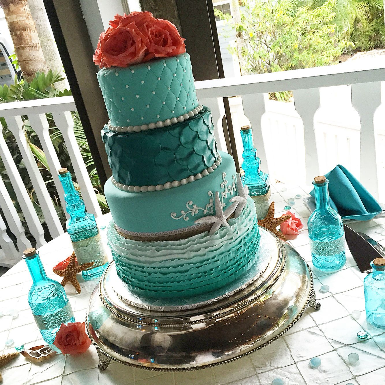 Little Mermaid Wedding Cake Turquoise Green And C For A Beach Themed On