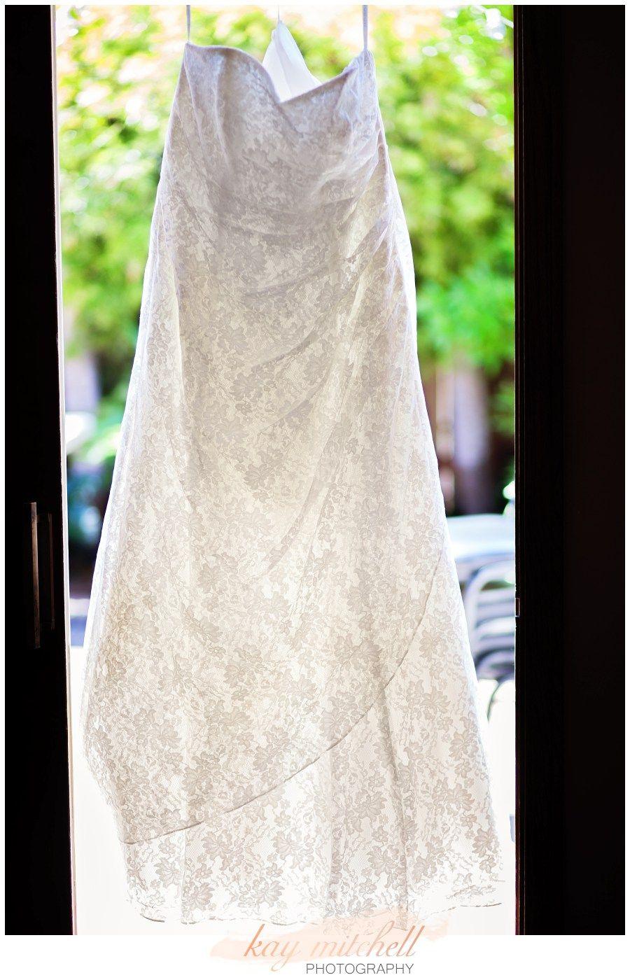 PISMO BEACH WEDDING PHOTOGRAPHER Wedding Dress Photos