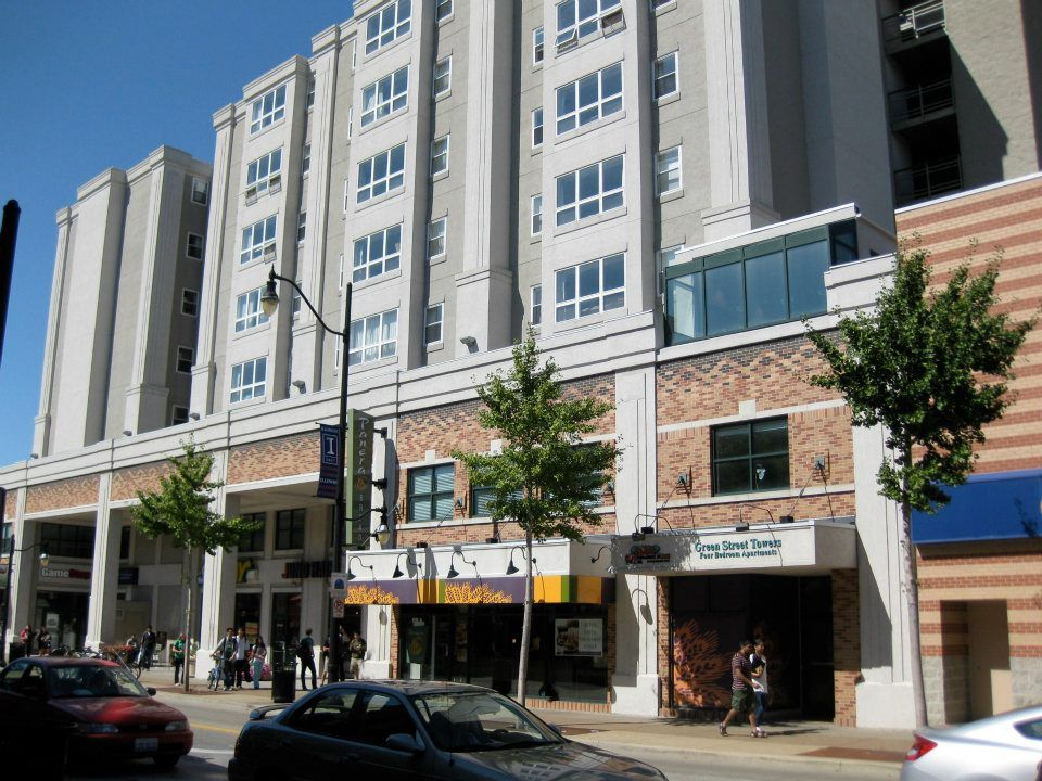 Green Street Towers Located At 616 E Green St In Champaign Has Been Voted One Of The Best Places To Live On Campus Best Places To Live Green Street Champaign